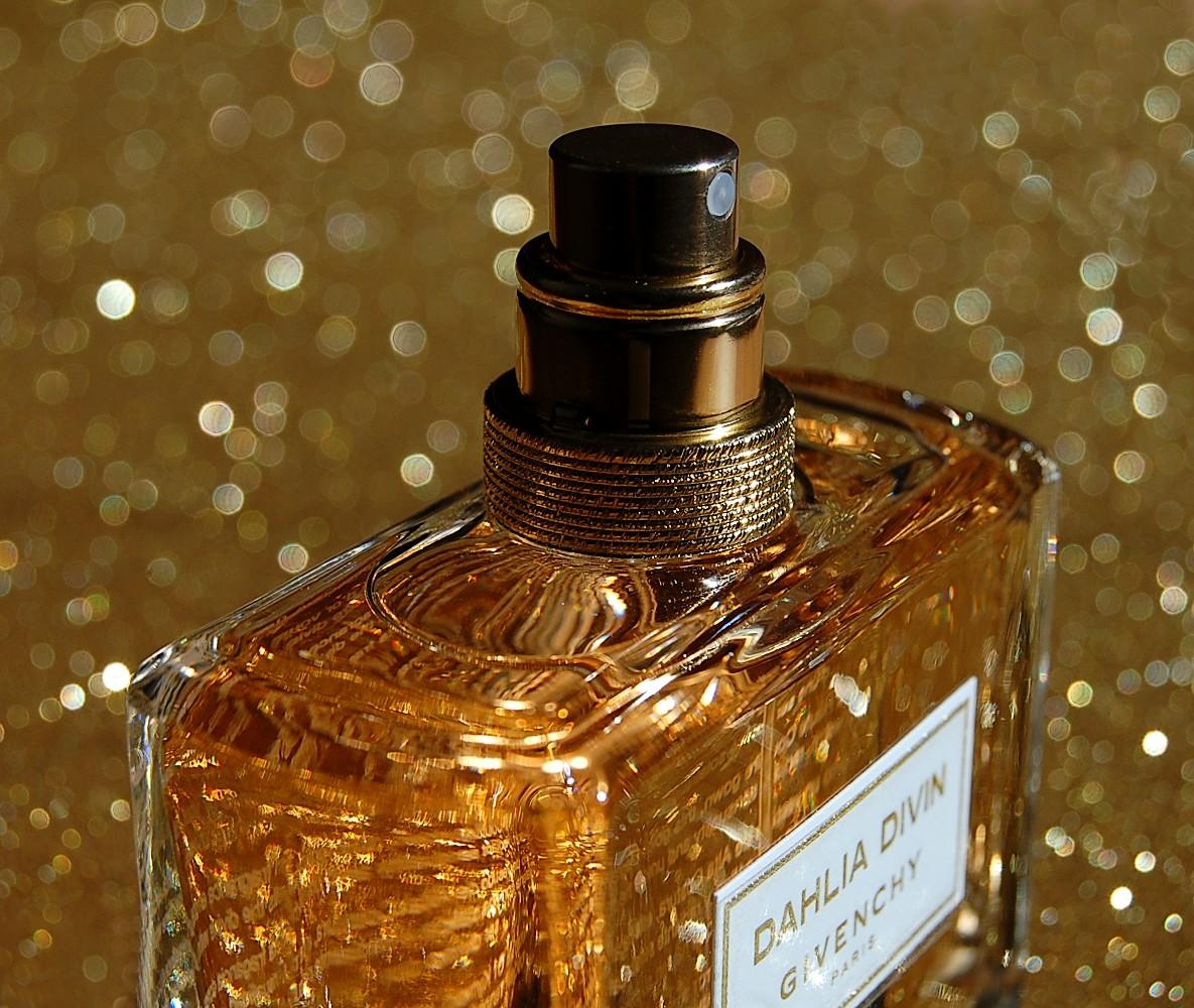 parfum dahlia divin de givenchy